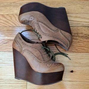Steve Madden Platform Oxford Shoes . Size 6. NWOT